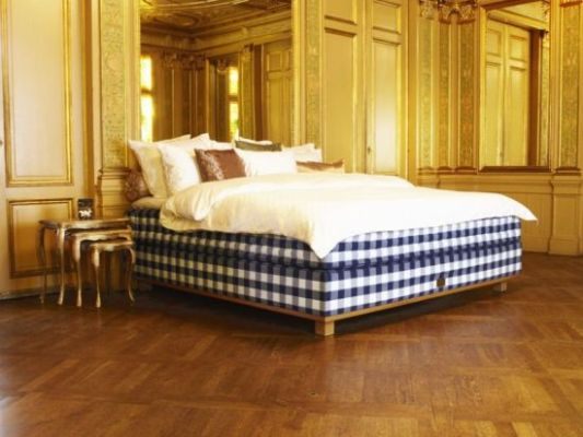 hstens_has_made_beds_by_hand_using_pure_natural_materials_for_more_than_150_years_dqrlq